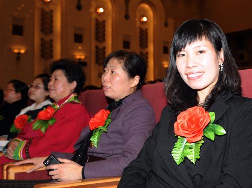 李晓梅在大民大会堂